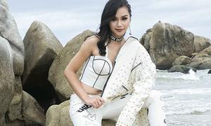 Thí sinh Hoa hậu Hoàn vũ bị chê vì mặc đồ 'quá sai' khi chụp hình trên biển