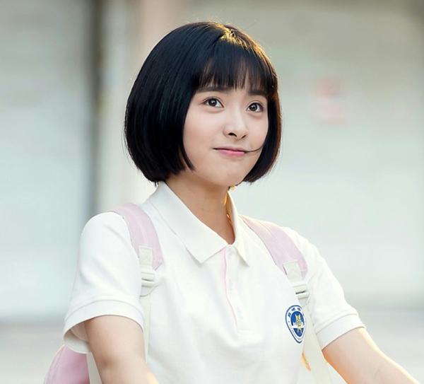 3-cach-tao-kieu-xinh-yeu-voi-toc-ngan-cua-hot-girl-gui-thoi-dep-de