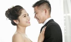 Vợ xinh như hoa hậu của hậu vệ Phạm Thế Nhật
