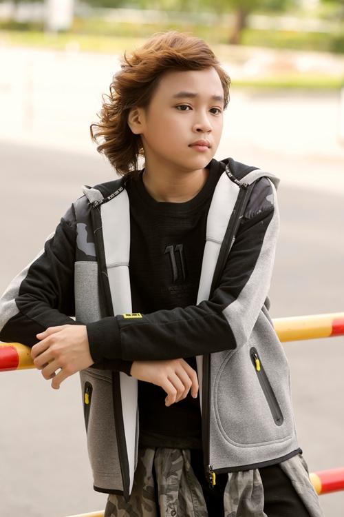idol-kids-thien-khoi-lon-kho-nhan-ra-chi-sau-vai-thang-dang-quang-2
