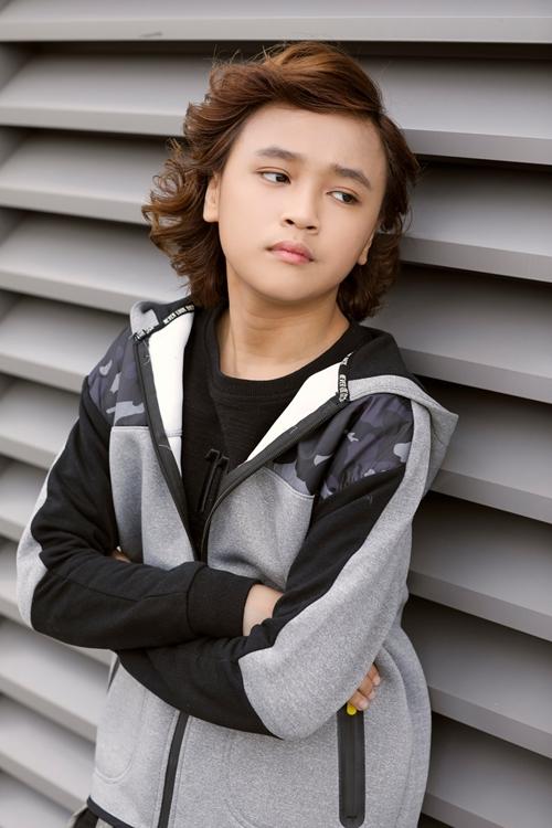 idol-kids-thien-khoi-lon-kho-nhan-ra-chi-sau-vai-thang-dang-quang-3