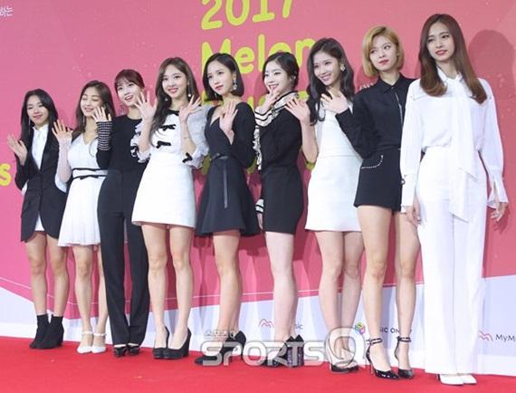 Twice được dự đoán tiếp tục bội thu giải thưởng tại các sự kiện cuối năm.