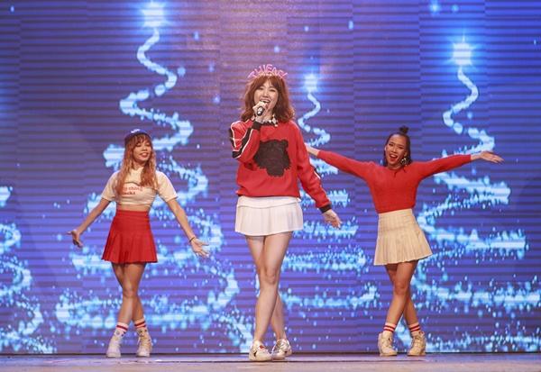 phan-ung-cua-hari-won-khi-fan-hoi-bao-gio-sinh-em-be-7