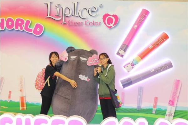 teen-lam-dieu-voi-khong-gian-son-sac-mau-cua-lipice-sheer-color-q-3