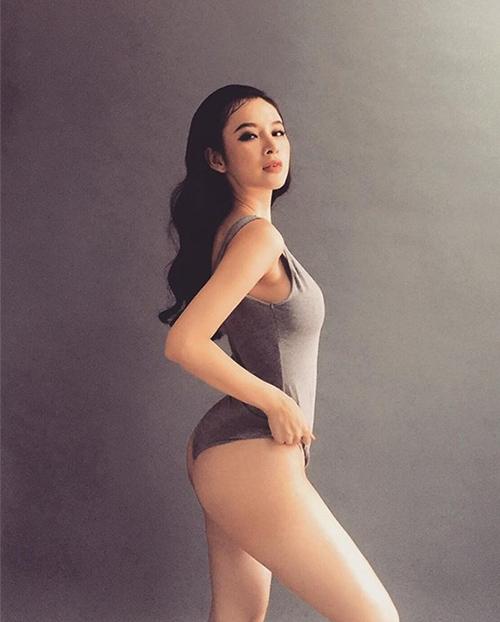 loat-anh-khoe-vong-3-cang-tron-nhu-trai-bong-cua-angela-phuong-trinh-6