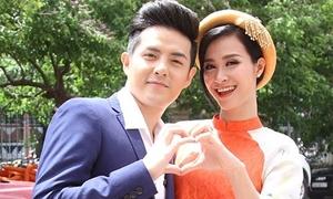 Đông Nhi hát karaoke 'tỏ tình' Ông Cao Thắng siêu dễ thương