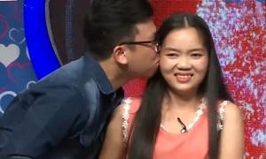 Cô gái 24 tuổi chưa biết yêu tìm được bạn trai trên truyền hình