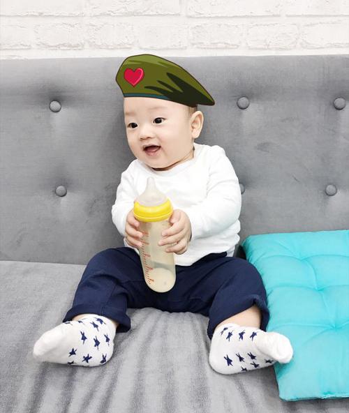 con-trai-ly-kute-cang-lon-cang-banh-1