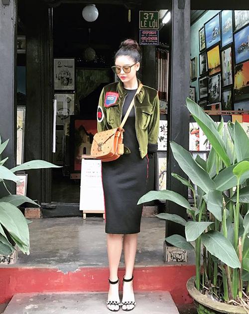 sao-viet-chung-minh-do-co-ban-van-chat-lu-trong-street-style-tuan-qua-5