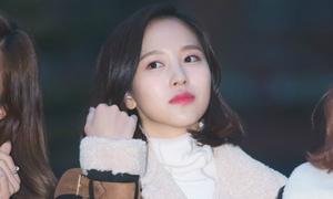 Twice trang điểm đẹp không tỳ vết khi đến Music Bank
