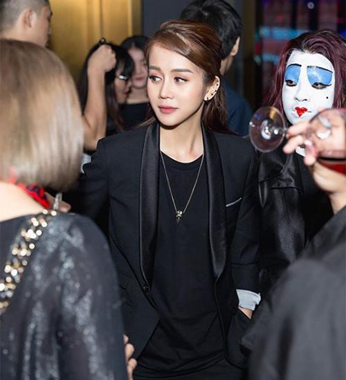 het-thoi-banh-beo-an-nguy-chuyen-mot-suit-dong-bo-nhu-trai-dep-3