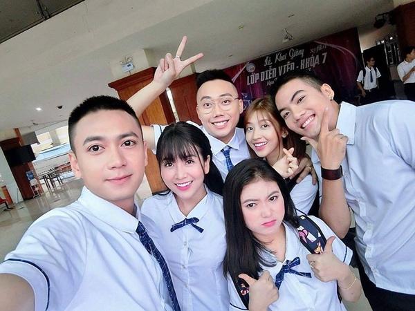 series-phim-hoc-duong-khong-het-hot-nho-dan-trai-xinh-gai-dep-3