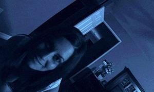 Cảnh 'bị ám' trong bộ phim kinh dị siêu lợi nhuận nhất lịch sử