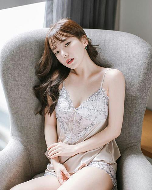 5 'thiên thần nội y' đình đám nhất Hàn Quốc mặt xinh như búp bê