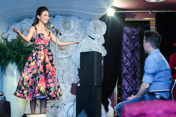 Mâu Thủy được Đàm Vĩnh Hưng chỉ cách tỏa sáng trước chung kết Hoa hậu - 2