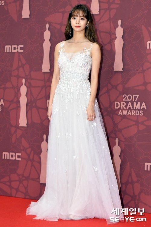 Vai diễn mới nhất của thành viên Girls Day hứng chịu nhiều lời chê bai. Netizen nhận xét Hyeri không có tài năng diễn xuất.