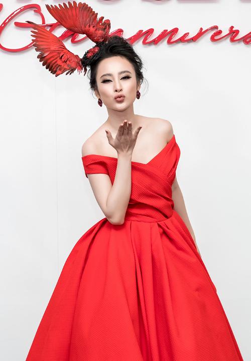 Dàn mỹ nhân Việt nhuộm đỏ show diễn 10 năm của Đỗ Mạnh Cường - 1