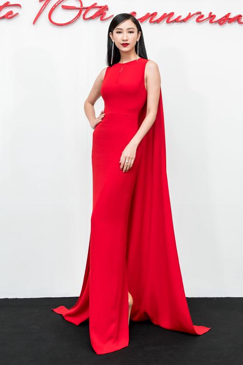 Dàn mỹ nhân Việt nhuộm đỏ show diễn 10 năm của Đỗ Mạnh Cường - 7