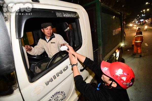 Hành động ý nghĩa nhất của bạn trẻ Đà Nẵng trong ngày đầu năm mới - 11