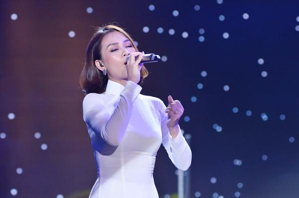 Sao Việt cháy hết mình cùng sao quốc tế trong đêm nhạc đón năm mới - 3