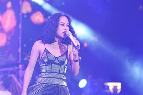 Sao Việt cháy hết mình cùng sao quốc tế trong đêm nhạc đón năm mới - 4