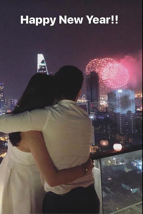 Hot girl Việt ôm ấp, khóa môi bạn trai trong ngày đầu năm 2018 - 4