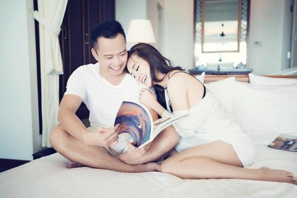 Sao Việt đón 2018: Người hạnh phúc bên gia đình, kẻ xuất ngoại đầu năm - 6