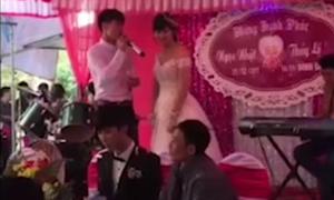 Clip chứng minh đừng bao giờ mời người cũ đến dự đám cưới