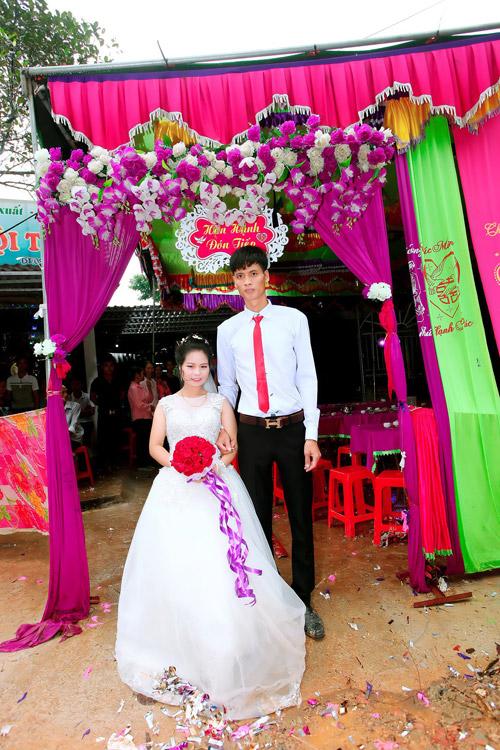Đám cưới của chú rể cao 80cm và cô dâu 1m65 tại Thanh Hóa - 2