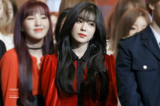 Irene để tóc mái: Khi bị chê thảm họa, khi được khen như nữ thần - 7
