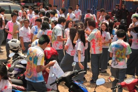Đồng phục học sinh khắp thế giới - 4
