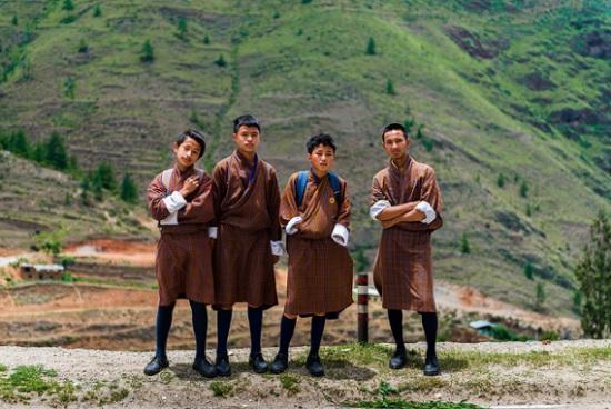 Dạo quanh thế giới ngắm nghía đồng phục học sinh (2) - 2
