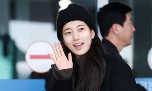 Suzy khoe mặt mộc, Twice trùm kín mít đi làm dịp năm mới