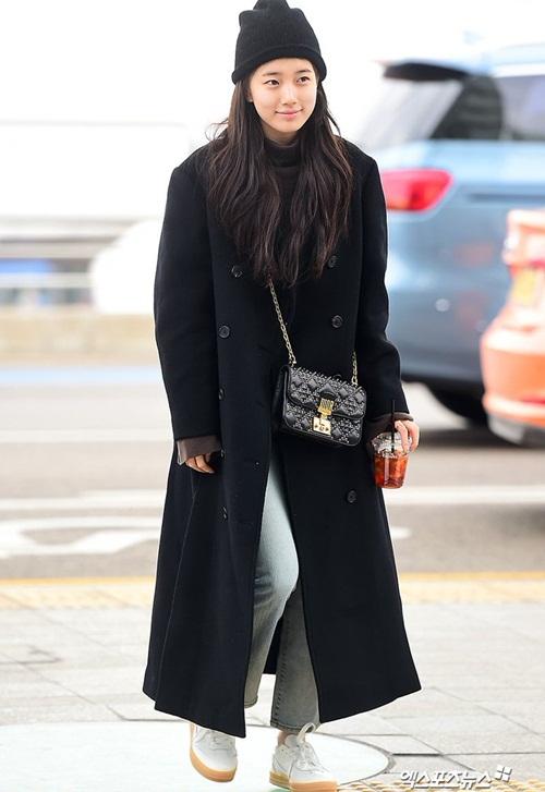 Suzy khoe mặt mộc, Twice trùm kín mít đi làm dịp năm mới - 3