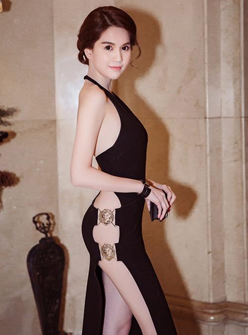 Thúy Vi lăng xê trở lại mốt váy bị ném đá nhiều nhất một thời - 5