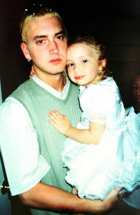 Con gái xinh như hoa hậu của ông hoàng rapper Eminem - 5