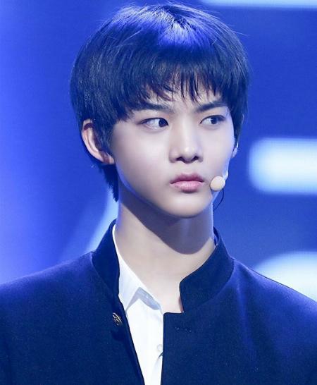 Cái nhìn có phần đanh đá của Bae Jin Young...