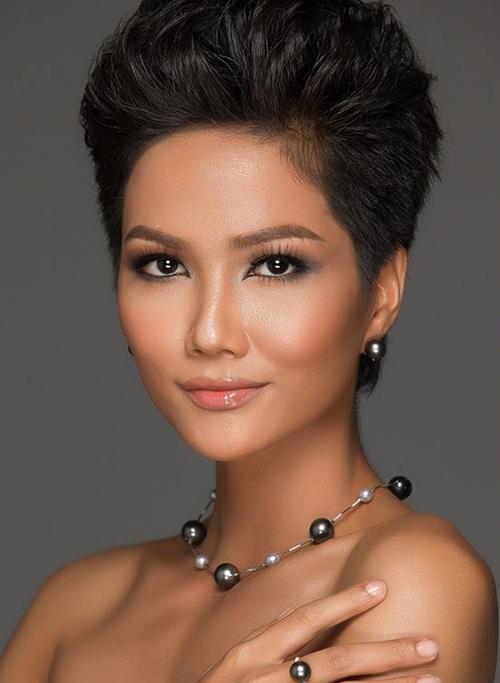 5 lý do giúp HHen Niê đăng quang Hoa hậu Hoàn vũ Việt Nam 2017 - 5