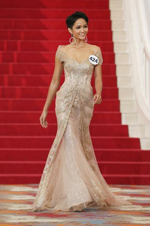 Vẻ đẹp nóng bỏng của Hoa hậu Hoàn vũ Việt Nam HHen Niê - 5