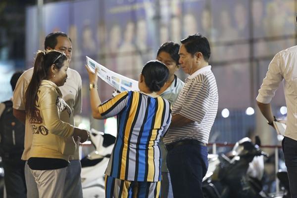 Phe vé hét giá cao gấp đôi tại liveshow 6 tỷ đồng của Quang Lê - 2