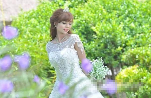 Em gái nhỏ nhắn, nữ tính của Hoa hậu Hoàn vũ HHen Niê - 6