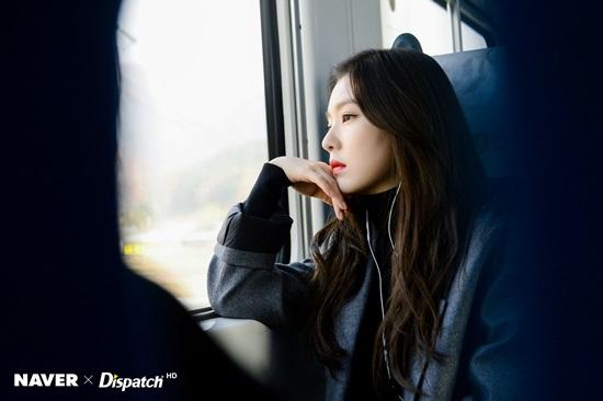 10 idol Kpop sống nội tâm