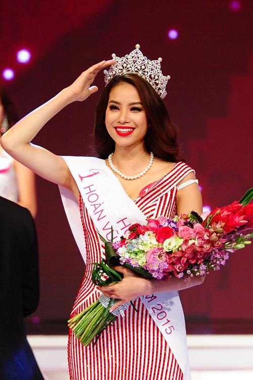 Những điểm trùng hợp giữa 2 Hoa hậu Phạm Hương - HHen Niê