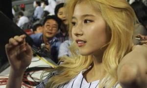 Những bức ảnh 'huyền thoại' chứng minh nhan sắc thực của Twice