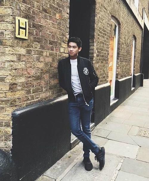 Thiếu gia út nhà chồng Tăng Thanh Hà ngày càng ra dáng soái ca - 4