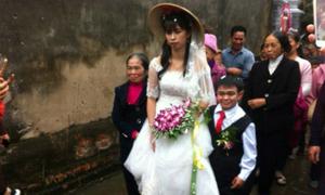 4 cặp 'đũa lệch' làm đám cưới gây xôn xao
