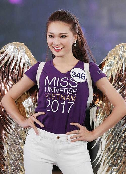 Cô gái mặt đẹp nhất Hoa hậu Hoàn vũ hụt vương miện đáng tiếc - page 2 - 2