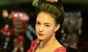 Dương Quý Phi mang vẻ đẹp lai gây tranh cãi trong 'Yêu Miêu truyện'