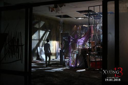 Khám phá khu nhà bối cảnh khiến đoàn làm phim Xưởng 13 sởn tóc gáy - 2