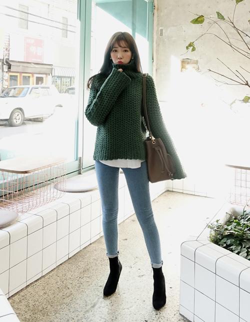 101 công thức phối áo len cổ lọ thách thức trời rét buốt - 4